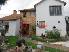 居外网在售哥伦比亚Cajicá4卧6卫的房产总占地305平方米USD 366,000