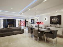 居外网在售葡萄牙3卧3卫的房产总占地220平方米