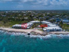 居外网在售开曼群岛乔治城3卧2卫的房产总占地192平方米USD 687,500