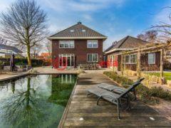 居外网在售荷兰Puttershoek10卧的房产总占地2485平方米EUR 1,495,000
