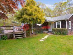 居外网在售美国East Hampton2卧2卫的房产USD 695,000