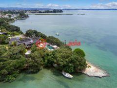 新西兰奥克兰8卧2卫的房产