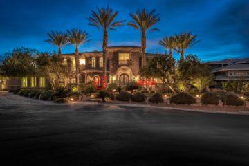 居外网在售美国5卧7卫最近整修过的房产总占地1902平方米USD 2,899,888