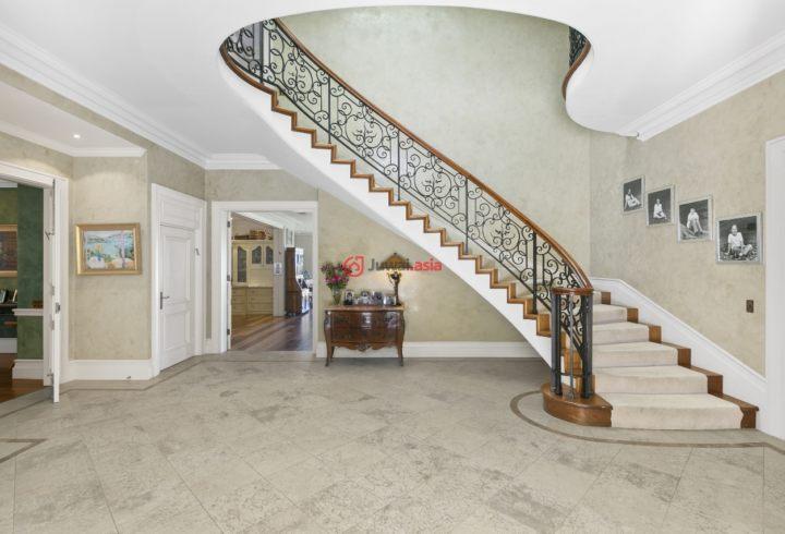 房屋底层楼梯设计图片