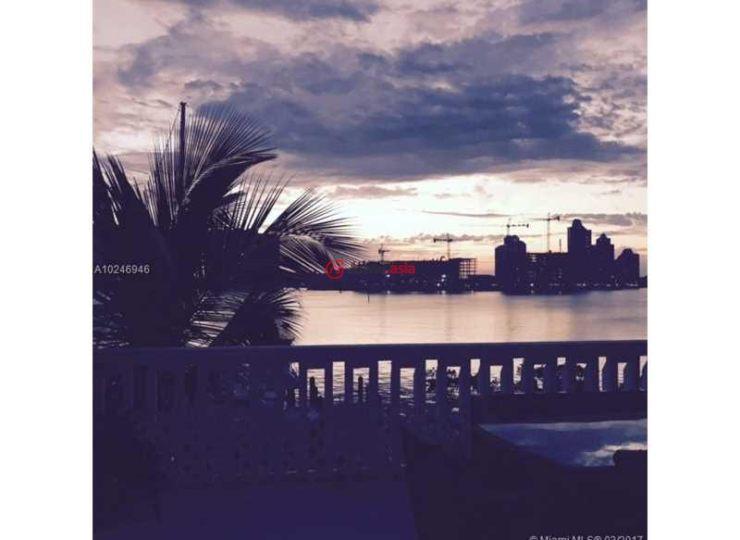 美国佛罗里达州阳光岛海滩的房产,17900 north bay rd,编号30013336